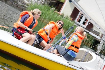 Segeln beim Sporthotel ROYAL X am Millstätter See – Schwesterhotel der Seevilla Cattina – Urlaub in Kärnten am See
