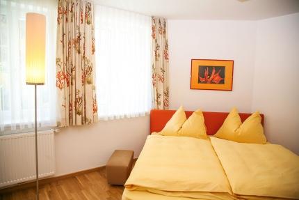 Schlafzimmer Appartement Wasserstern – Seevilla Cattina – Appartements direkt am Millstätter See in Kärnten