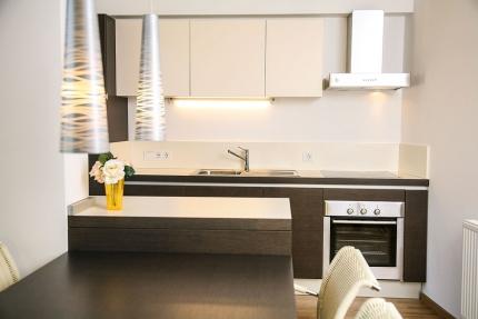 Küche & Essbereich Appartement Wasserstern – Seevilla Cattina – Appartements direkt am Millstätter See in Kärnten
