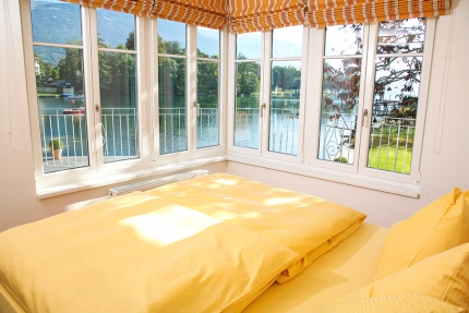 Schlafzimmer Appartement Seerose – Seevilla Cattina – Appartements direkt am Millstätter See in Kärnten