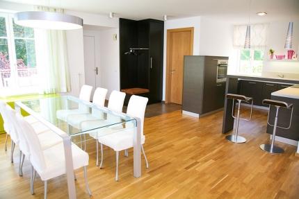 Esszimmer & Küche Appartement Wasserlilie – Seevilla Cattina – Appartements direkt am Millstätter See in Kärnten