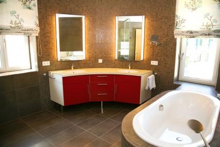 Badezimmer Appartement Wasserlilie – Seevilla Cattina – Appartements direkt am Millstätter See in Kärnten