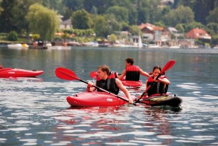 Motorboot-Verleih am Millstätter See beim Schwesterhotel Hotel ROYAL X der Seevilla Cattina – Appartements direkt am See