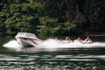 Ringo fahren am Millstätter See beim Schwesterhotel ROYAL X – Appartements direkt am See in Kärnten – Seevilla Cattina