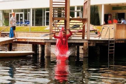 Kajak fahren beim Schwesterhotel Hotel ROYAL X – Seevilla Cattina – Urlaub im Appartement am Millstätter See