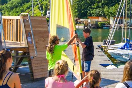 Segelschule beim Schwesterhotel Hotel ROYAL X – Seevilla Cattina – Urlaub im Appartement am Millstätter See